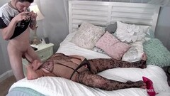 Kinky Heather Payne giving a blowjob in a sexy black lingerie Thumb