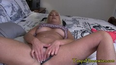 Sexy Mommy Knows How to Take Care of Her Boys Thumb