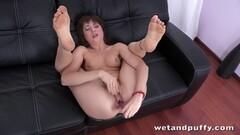 red head anal casting Thumb