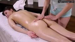 Brunette big tits Ira Pizdunka is sweetly massaged Thumb