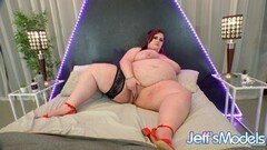 SSBBW Ashley Garland Puts on an Awesome Solo Show Thumb