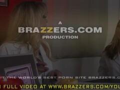 Romanian horny teen girl wants to suck the guy webcam Thumb
