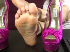 Secretary teases and taunts you with her bare feet and soles Thumb