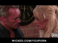 Feeding Cum To The Caged Whore - Bizarre Thumb