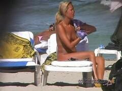 Nudist Beach Teen Girls Voyeur Serie 56 Thumb