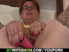 Son in law finds busty mom toying her horny pussy Thumb
