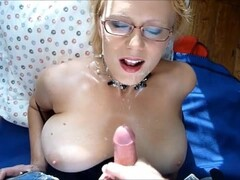 Hot mama with glasses takes his cum Thumb