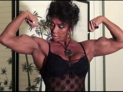 Dynamic Delts Home Workout by FBB Latia Del Riviero Thumb