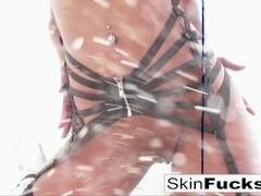 Skin's Amazing DP Fuck Thumb