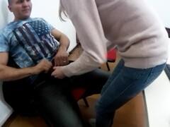 MIlf lesbica scopata in ufficio dal capo. (DIALOGHI ITA) Thumb