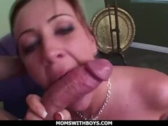 momswithboys - screwing sexy stepmom jules van saint in the ass Thumb