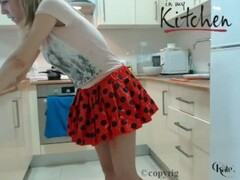 Sexy Kitchen Show undress chef Kate chaturbate REC Thumb