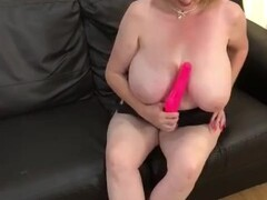 Annabel's swimsuit toy play Thumb