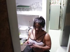 Maid Silvana lose control at work for some fun as fuck! Thumb