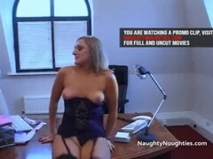 office worker fucks 2 blondes at lunchtime Thumb