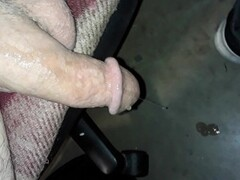 V6guitar naked on my phone Thumb