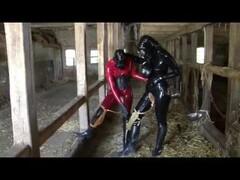 Latex Rubber Slave Lesbian Girls Bizarre Pissing Games Heavy Gas Mask Piss Thumb