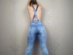 Amateur pisses in jeans, denim overalls - CatherineRain Thumb
