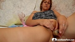 Amazing mom uses a toy on her cunt Thumb